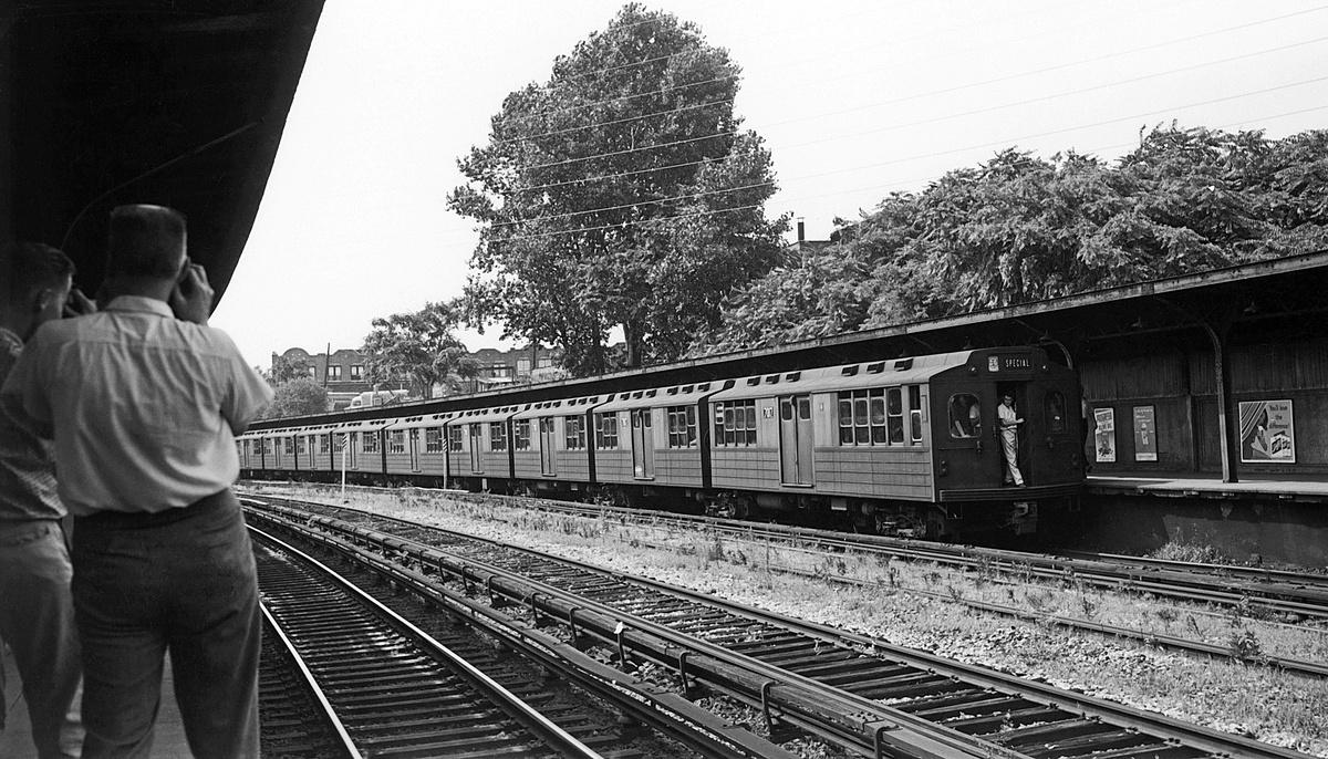 (404k, 1200x686)<br><b>Country:</b> United States<br><b>City:</b> New York<br><b>System:</b> New York City Transit<br><b>Line:</b> BMT Sea Beach Line<br><b>Location:</b> 8th Avenue<br><b>Route:</b> Fan Trip<br><b>Car:</b> BMT Multisection 7017 <br><b>Collection of:</b> David Pirmann<br><b>Date:</b> 7/22/1961<br><b>Viewed (this week/total):</b> 3 / 187