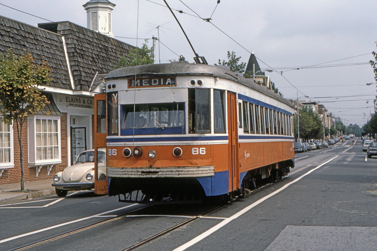 (536k, 1200x800)<br><b>Country:</b> United States<br><b>City:</b> Philadelphia, PA<br><b>System:</b> SEPTA (or Predecessor)<br><b>Line:</b> Rt. 101-Media<br><b>Location:</b> Orange Street/State Street<br><b>Car:</b> PSTC Master Unit Suburban (J.G. Brill, 1932) 86 <br><b>Collection of:</b> David Pirmann<br><b>Date:</b> 10/1982<br><b>Viewed (this week/total):</b> 2 / 51