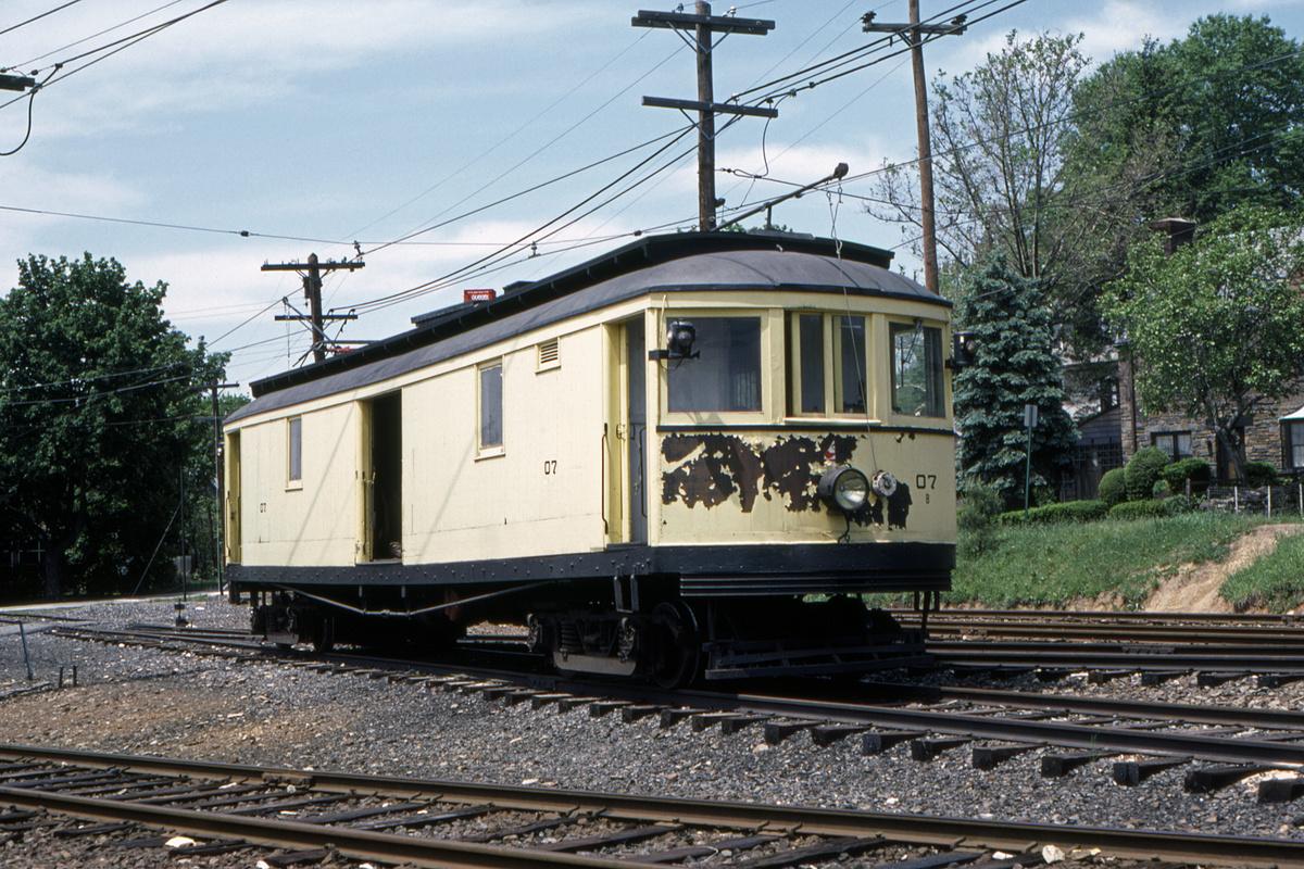 (643k, 1200x800)<br><b>Country:</b> United States<br><b>City:</b> Philadelphia, PA<br><b>System:</b> SEPTA (or Predecessor)<br><b>Line:</b> Rt. 101-Media/102-Sharon Hill<br><b>Location:</b> Drexel Hill Junction<br><b>Car:</b> PSTC 07 <br><b>Collection of:</b> David Pirmann<br><b>Date:</b> 5/1981<br><b>Viewed (this week/total):</b> 0 / 48
