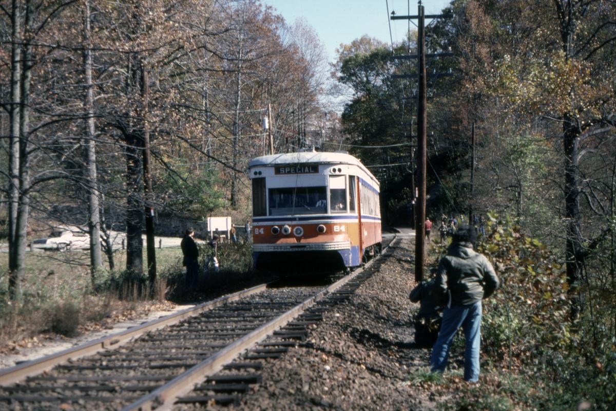(628k, 1200x800)<br><b>Country:</b> United States<br><b>City:</b> Philadelphia, PA<br><b>System:</b> SEPTA (or Predecessor)<br><b>Line:</b> Rt. 101-Media<br><b>Location:</b> Sproul Road Overpass<br><b>Car:</b> PSTC Master Unit Suburban (J.G. Brill, 1932) 84 <br><b>Collection of:</b> David Pirmann<br><b>Date:</b> 11/1980<br><b>Viewed (this week/total):</b> 4 / 61