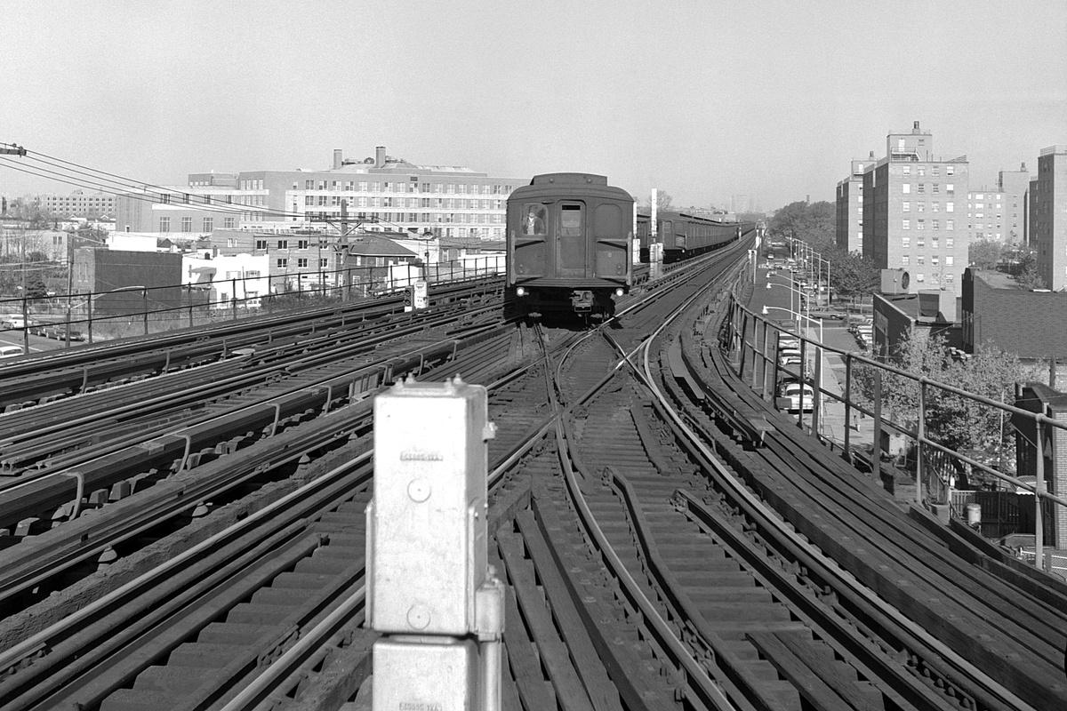 (433k, 1200x800)<br><b>Country:</b> United States<br><b>City:</b> New York<br><b>System:</b> New York City Transit<br><b>Line:</b> BMT West End Line<br><b>Location:</b> Bay 50th Street <br><b>Car:</b> BMT A/B-Type Standard  <br><b>Collection of:</b> David Pirmann<br><b>Date:</b> 11/15/1962<br><b>Viewed (this week/total):</b> 15 / 87