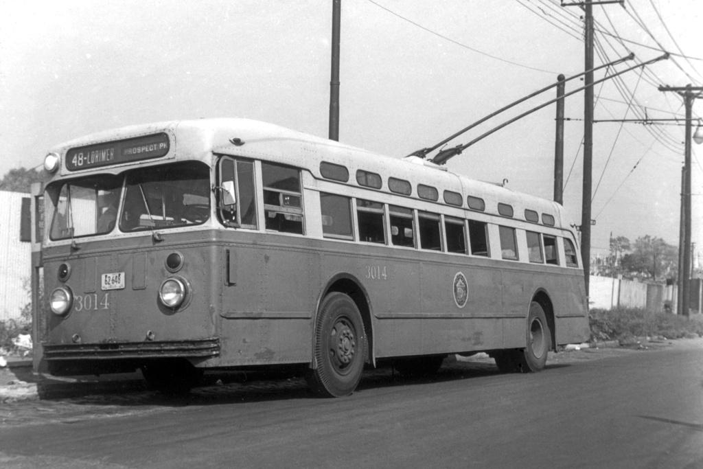 (209k, 1024x683)<br><b>Country:</b> United States<br><b>City:</b> New York<br><b>System:</b> B&QT Trolleybus<br><b>Car:</b>  3014 <br><b>Collection of:</b> David Pirmann<br><b>Viewed (this week/total):</b> 1 / 4064