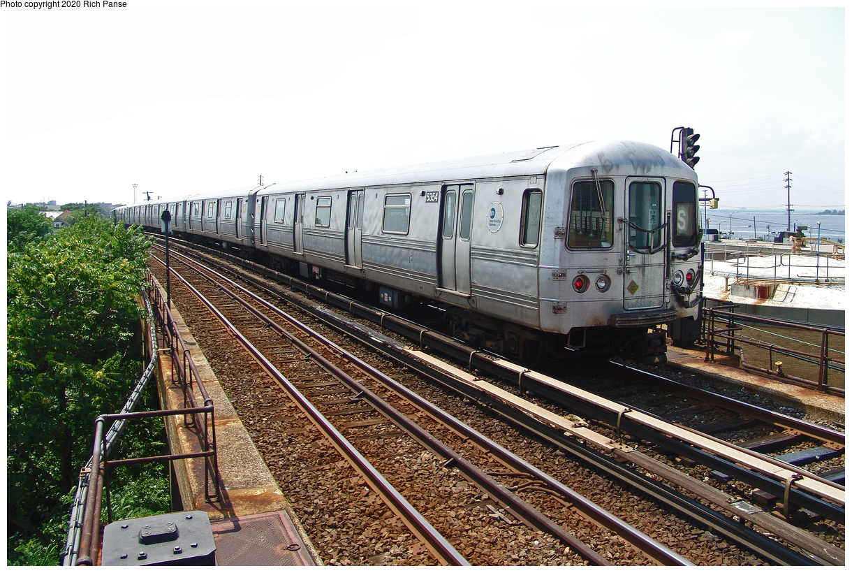 (585k, 1220x820)<br><b>Country:</b> United States<br><b>City:</b> New York<br><b>System:</b> New York City Transit<br><b>Line:</b> IND Rockaway Line<br><b>Location:</b> Beach 105th Street/Seaside<br><b>Route:</b> S<br><b>Car:</b> R-44 (St. Louis, 1971-73) 5354 <br><b>Photo by:</b> Richard Panse<br><b>Date:</b> 7/17/2004<br><b>Viewed (this week/total):</b> 3 / 31