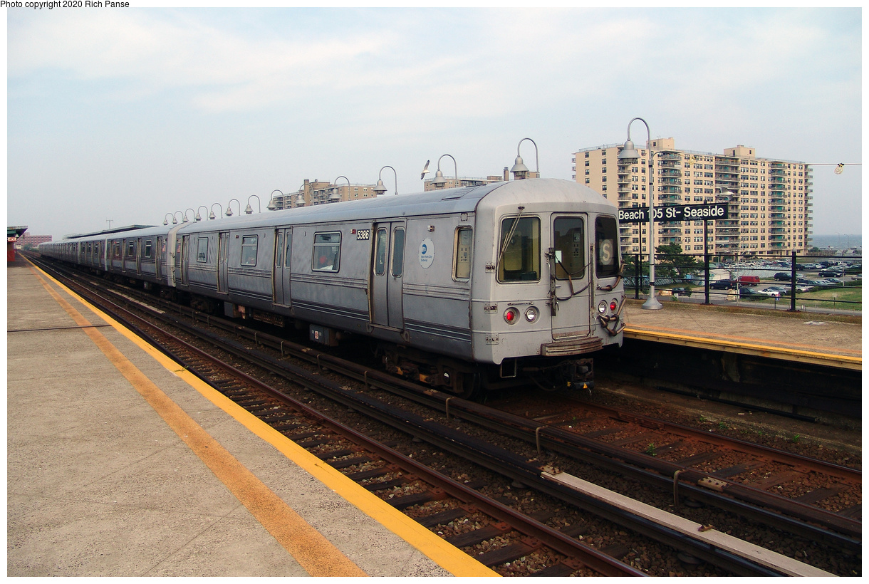(497k, 1220x820)<br><b>Country:</b> United States<br><b>City:</b> New York<br><b>System:</b> New York City Transit<br><b>Line:</b> IND Rockaway Line<br><b>Location:</b> Beach 105th Street/Seaside<br><b>Route:</b> S<br><b>Car:</b> R-44 (St. Louis, 1971-73) 5386 <br><b>Photo by:</b> Richard Panse<br><b>Date:</b> 7/17/2004<br><b>Viewed (this week/total):</b> 3 / 26