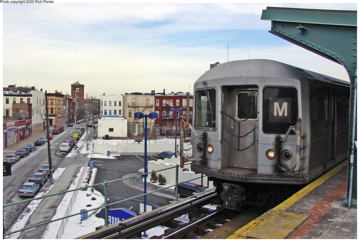 (554k, 1220x820)<br><b>Country:</b> United States<br><b>City:</b> New York<br><b>System:</b> New York City Transit<br><b>Line:</b> BMT Myrtle Avenue Line<br><b>Location:</b> Wyckoff Avenue<br><b>Route:</b> M<br><b>Car:</b> R-40M (St. Louis, 1969)  <br><b>Photo by:</b> Richard Panse<br><b>Date:</b> 2/11/2003<br><b>Viewed (this week/total):</b> 5 / 67