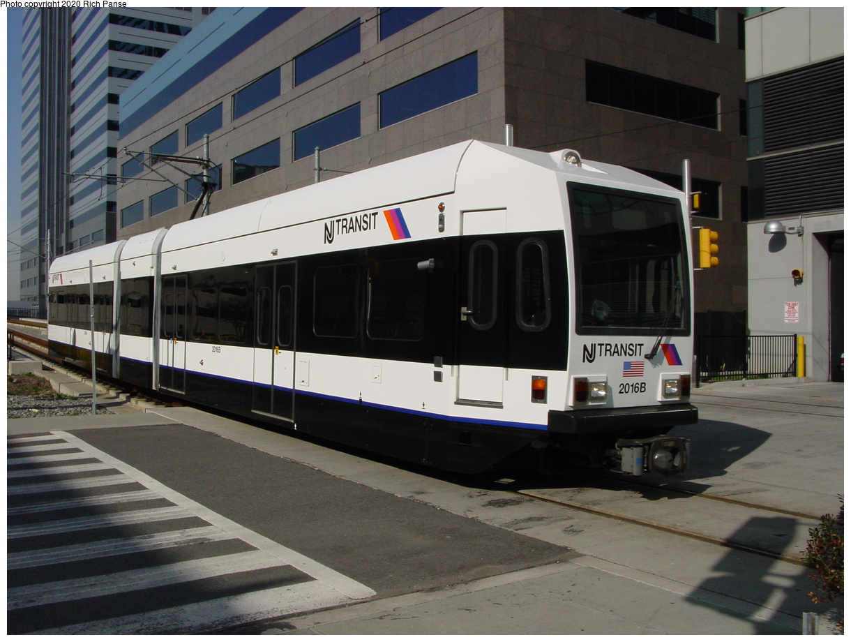(390k, 1220x920)<br><b>Country:</b> United States<br><b>City:</b> Jersey City, NJ<br><b>System:</b> Hudson Bergen Light Rail<br><b>Location:</b> Pavonia/Newport<br><b>Car:</b> NJT-HBLR LRV (Kinki-Sharyo, 1998-99) 2016 <br><b>Photo by:</b> Richard Panse<br><b>Date:</b> 4/15/2003<br><b>Viewed (this week/total):</b> 2 / 6