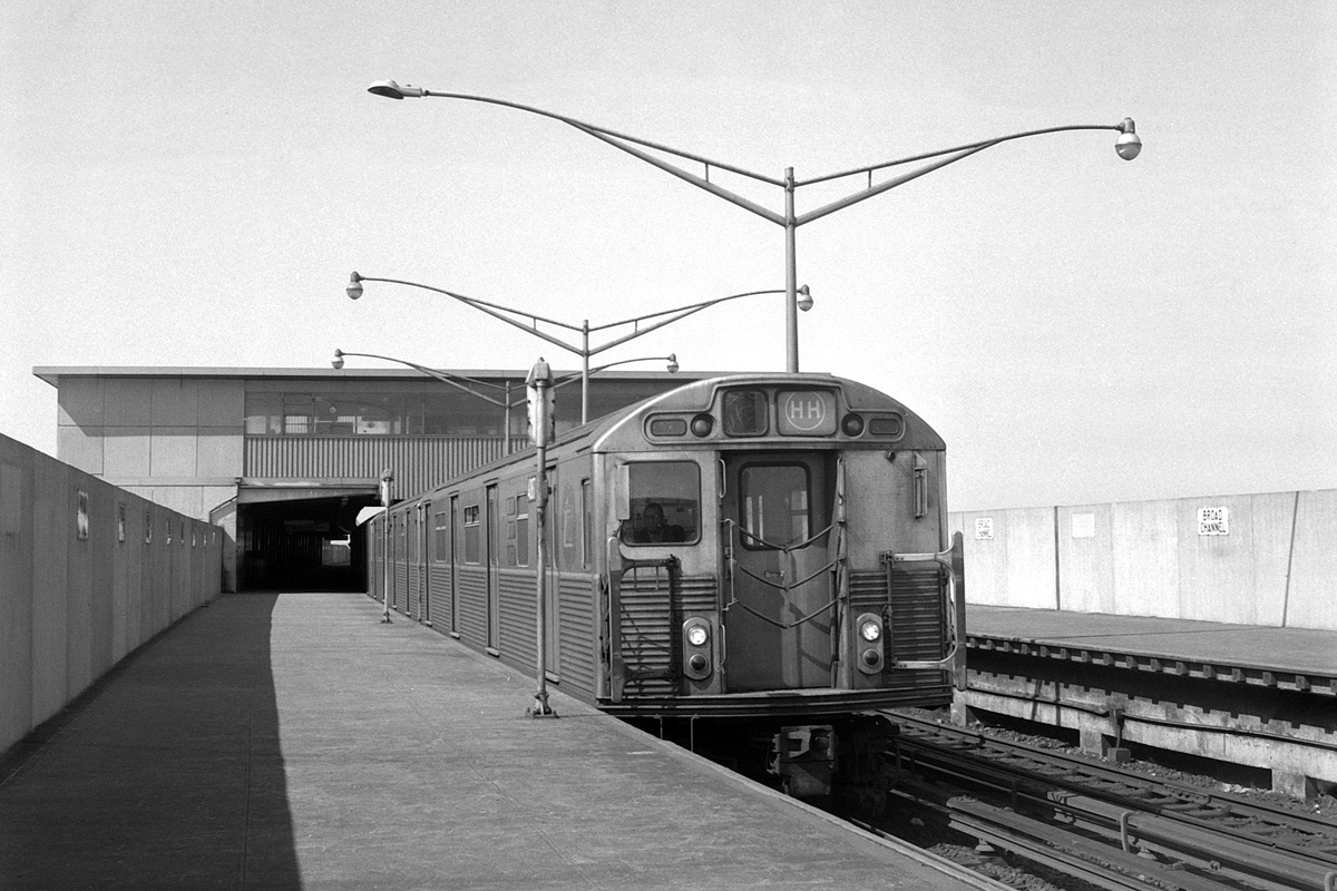(362k, 1200x800)<br><b>Country:</b> United States<br><b>City:</b> New York<br><b>System:</b> New York City Transit<br><b>Line:</b> IND Rockaway Line<br><b>Location:</b> Broad Channel<br><b>Route:</b> HH<br><b>Car:</b> R-38 (St. Louis, 1966-1967)  <br><b>Collection of:</b> David Pirmann<br><b>Date:</b> 4/11/1970<br><b>Viewed (this week/total):</b> 0 / 207