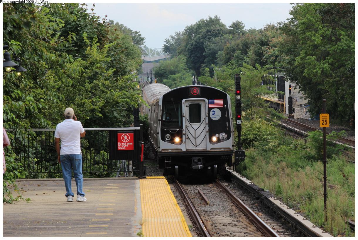 (563k, 1220x820)<br><b>Country:</b> United States<br><b>City:</b> New York<br><b>System:</b> New York City Transit<br><b>Line:</b> IND Rockaway Line<br><b>Location:</b> Aqueduct Racetrack<br><b>Route:</b> A<br><b>Car:</b> R-160A (Option 2) (Alstom, 2009, 5-car sets) 9722 <br><b>Photo by:</b> Jie Wen Li<br><b>Date:</b> 9/9/2020<br><b>Viewed (this week/total):</b> 4 / 120