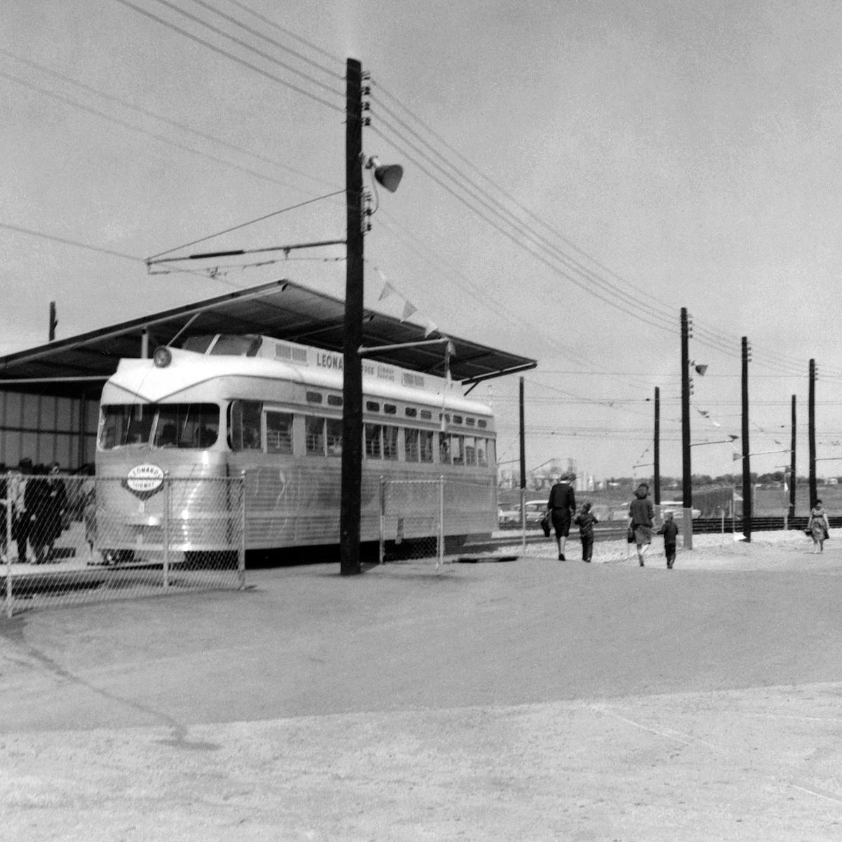 (497k, 1200x1200)<br><b>Country:</b> United States<br><b>City:</b> Fort Worth, TX<br><b>System:</b> Tandy Subway<br><b>Collection of:</b> David Pirmann<br><b>Date:</b> 4/1963<br><b>Notes:</b> Leonards Subway PCC cars<br><b>Viewed (this week/total):</b> 2 / 38
