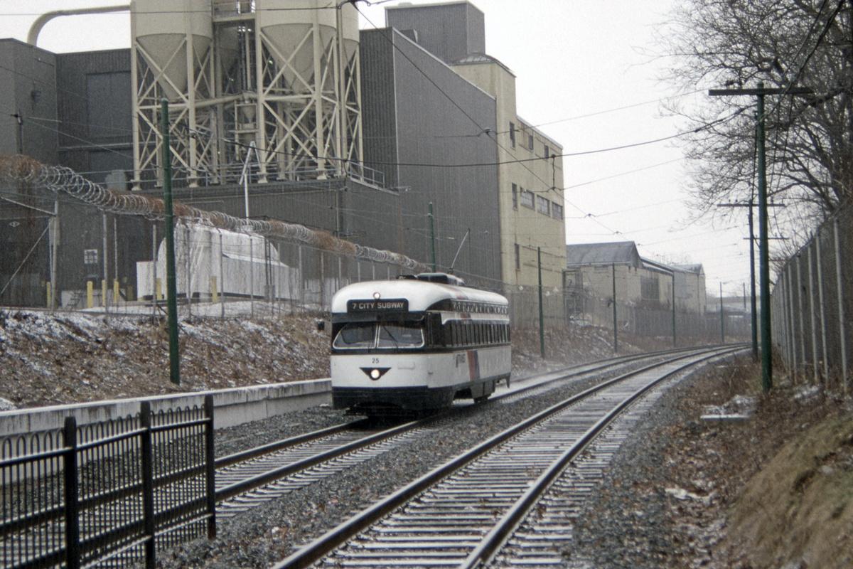 (556k, 1200x800)<br><b>Country:</b> United States<br><b>City:</b> Newark, NJ<br><b>System:</b> Newark City Subway<br><b>Location:</b> Park Avenue<br><b>Car:</b> NJTransit/PSCT PCC (Ex-Twin City) (St. Louis Car Co., 1946-1947) 25 <br><b>Collection of:</b> David Pirmann<br><b>Date:</b> 2/21/1993<br><b>Viewed (this week/total):</b> 0 / 73