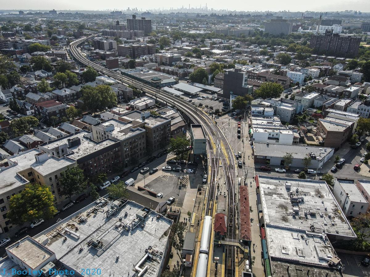 (700k, 1200x900)<br><b>Country:</b> United States<br><b>City:</b> New York<br><b>System:</b> New York City Transit<br><b>Line:</b> IRT Pelham Line<br><b>Location:</b> Pelham Bay Park<br><b>Photo by:</b> John Dooley<br><b>Date:</b> 9/18/2020<br><b>Viewed (this week/total):</b> 3 / 151