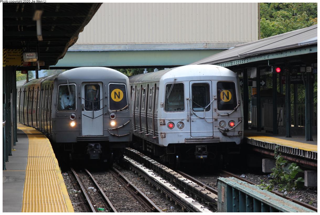 (412k, 1220x820)<br><b>Country:</b> United States<br><b>City:</b> New York<br><b>System:</b> New York City Transit<br><b>Line:</b> BMT Brighton Line<br><b>Location:</b> Kings Highway<br><b>Route:</b> N<br><b>Car:</b> R-46 (Pullman-Standard, 1974-75) 5482 <br><b>Photo by:</b> Jie Wen Li<br><b>Date:</b> 10/10/2020<br><b>Notes:</b> Weekend reroute. With R-68A 5040 on left.<br><b>Viewed (this week/total):</b> 4 / 95