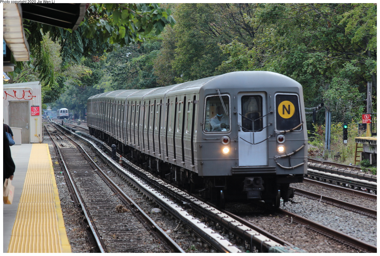 (570k, 1220x820)<br><b>Country:</b> United States<br><b>City:</b> New York<br><b>System:</b> New York City Transit<br><b>Line:</b> BMT Brighton Line<br><b>Location:</b> Avenue J<br><b>Route:</b> N<br><b>Car:</b> R-68A (Kawasaki, 1988-1989) 5177 <br><b>Photo by:</b> Jie Wen Li<br><b>Date:</b> 10/10/2020<br><b>Notes:</b> Weekend reroute.<br><b>Viewed (this week/total):</b> 0 / 54
