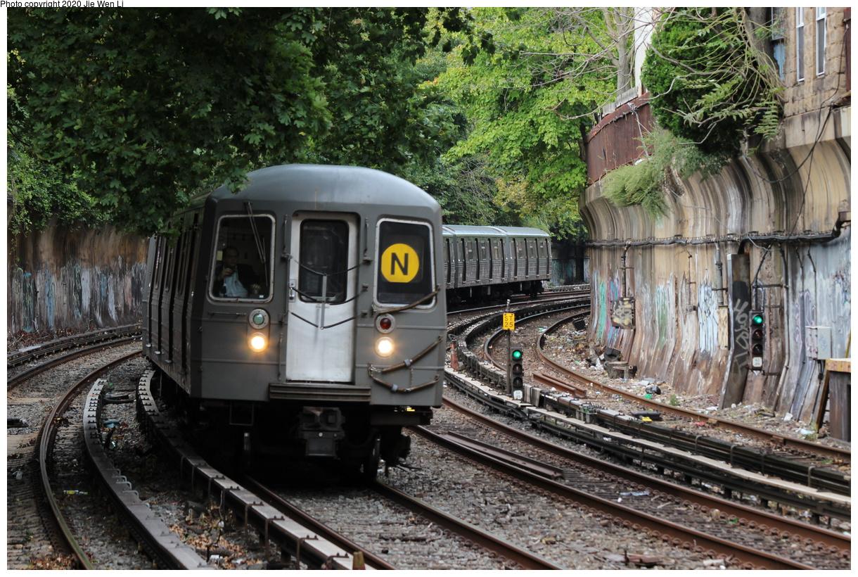 (546k, 1220x820)<br><b>Country:</b> United States<br><b>City:</b> New York<br><b>System:</b> New York City Transit<br><b>Line:</b> BMT Brighton Line<br><b>Location:</b> Beverley Road<br><b>Route:</b> N<br><b>Car:</b> R-68 (Westinghouse-Amrail, 1986-1988) 2864 <br><b>Photo by:</b> Jie Wen Li<br><b>Date:</b> 10/10/2020<br><b>Notes:</b> Weekend reroute.<br><b>Viewed (this week/total):</b> 1 / 54