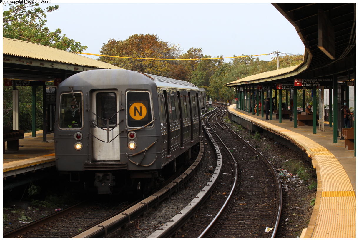 (456k, 1220x820)<br><b>Country:</b> United States<br><b>City:</b> New York<br><b>System:</b> New York City Transit<br><b>Line:</b> BMT Brighton Line<br><b>Location:</b> Sheepshead Bay<br><b>Route:</b> N<br><b>Car:</b> R-68 (Westinghouse-Amrail, 1986-1988) 2768 <br><b>Photo by:</b> Jie Wen Li<br><b>Date:</b> 10/10/2020<br><b>Notes:</b> Weekend reroute.<br><b>Viewed (this week/total):</b> 4 / 103