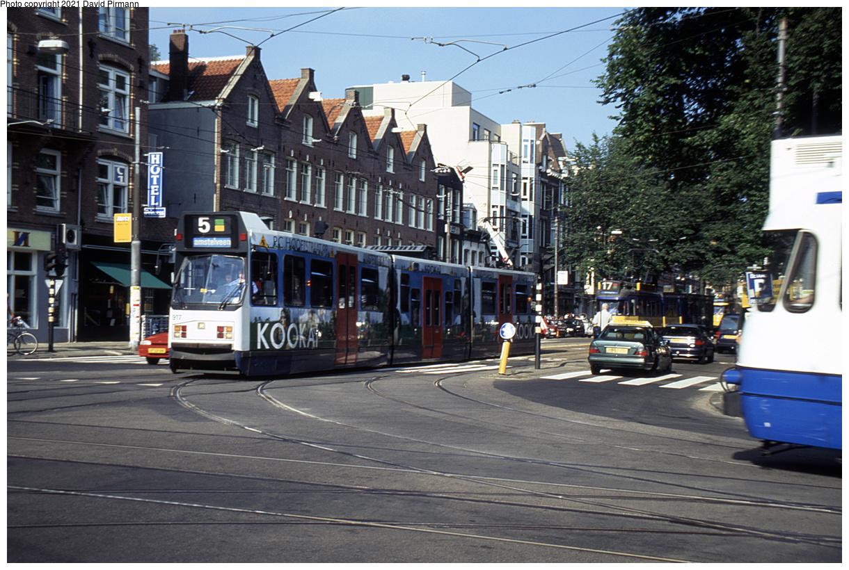 (549k, 1220x820)<br><b>Country:</b> The Netherlands<br><b>City:</b> Amsterdam<br><b>System:</b> GVB (Gemeente Vervoerbedrijf)<br><b>Location:</b> C. Huygensstraat & Overtoom<br><b>Route:</b> 5<br><b>Car:</b> Type 11G 917 <br><b>Photo by:</b> David Pirmann<br><b>Date:</b> 8/28/1999<br><b>Viewed (this week/total):</b> 7 / 10