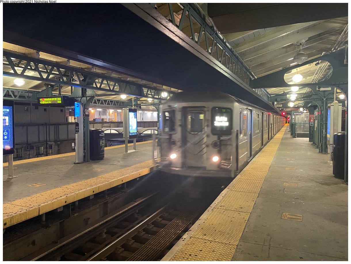 (434k, 1220x920)<br><b>Country:</b> United States<br><b>City:</b> New York<br><b>System:</b> New York City Transit<br><b>Line:</b> IRT White Plains Road Line<br><b>Location:</b> East 180th Street<br><b>Car:</b> R-62 (Kawasaki, 1983-1985) 1345 <br><b>Photo by:</b> Nicholas Noel<br><b>Date:</b> 11/10/2020<br><b>Viewed (this week/total):</b> 61 / 291