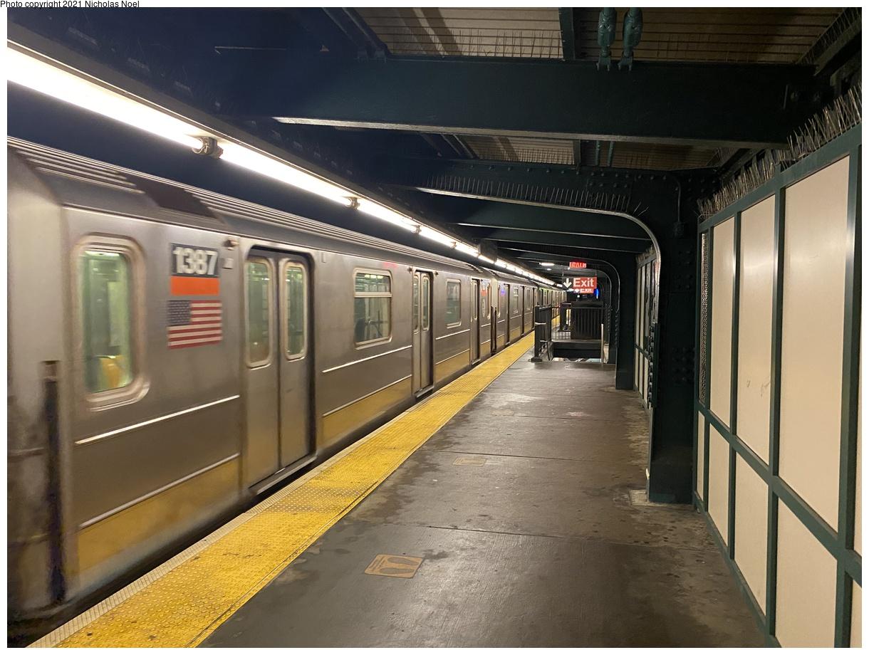 (385k, 1220x920)<br><b>Country:</b> United States<br><b>City:</b> New York<br><b>System:</b> New York City Transit<br><b>Line:</b> IRT Brooklyn Line<br><b>Location:</b> Sutter Avenue/Rutland Road<br><b>Route:</b> 3<br><b>Car:</b> R-62 (Kawasaki, 1983-1985) 1387 <br><b>Photo by:</b> Nicholas Noel<br><b>Date:</b> 1/27/2021<br><b>Viewed (this week/total):</b> 56 / 186