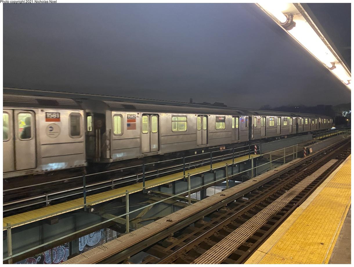 (384k, 1220x920)<br><b>Country:</b> United States<br><b>City:</b> New York<br><b>System:</b> New York City Transit<br><b>Line:</b> IRT Brooklyn Line<br><b>Location:</b> Sutter Avenue/Rutland Road<br><b>Route:</b> 3<br><b>Car:</b> R-62 (Kawasaki, 1983-1985) 1582 <br><b>Photo by:</b> Nicholas Noel<br><b>Date:</b> 1/27/2021<br><b>Viewed (this week/total):</b> 24 / 151