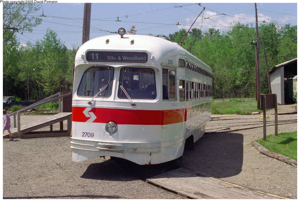 (238k, 1044x704)<br><b>Country:</b> United States<br><b>City:</b> Kennebunk, ME<br><b>System:</b> Seashore Trolley Museum <br><b>Car:</b> PTC/SEPTA Postwar All-electric PCC (St.Louis, 1947)  2709 <br><b>Photo by:</b> David Pirmann<br><b>Date:</b> 5/25/1996<br><b>Viewed (this week/total):</b> 0 / 5953