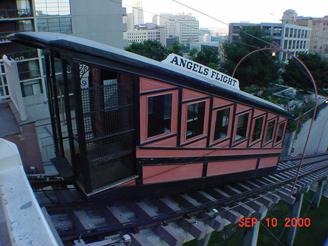 (61k, 640x480)<br><b>Country:</b> United States<br><b>City:</b> Los Angeles, CA<br><b>System:</b> Angel's Flight<br><b>Location:</b> Upper station<br><b>Photo by:</b> Salaam Allah<br><b>Date:</b> 9/10/2000<br><b>Viewed (this week/total):</b> 2 / 4721