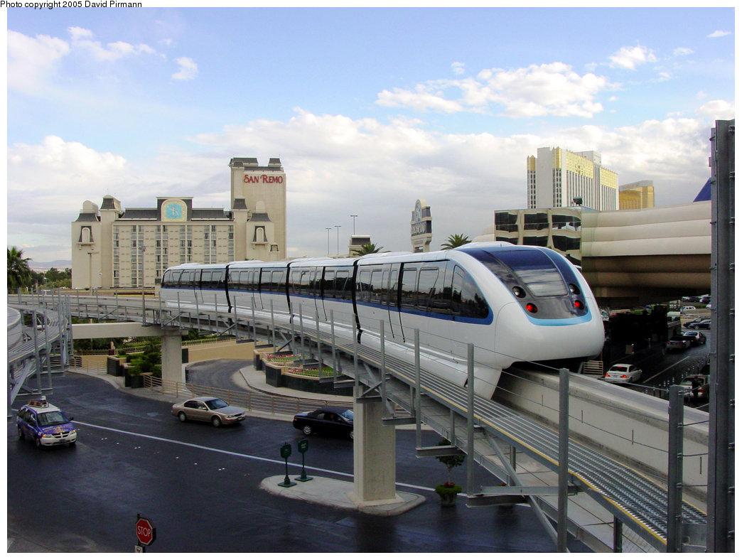 (199k, 1044x788)<br><b>Country:</b> United States<br><b>City:</b> Las Vegas, NV<br><b>System:</b> Las Vegas Monorail<br><b>Location:</b> MGM Grand <br><b>Photo by:</b> David Pirmann<br><b>Date:</b> 4/22/2005<br><b>Viewed (this week/total):</b> 0 / 3051