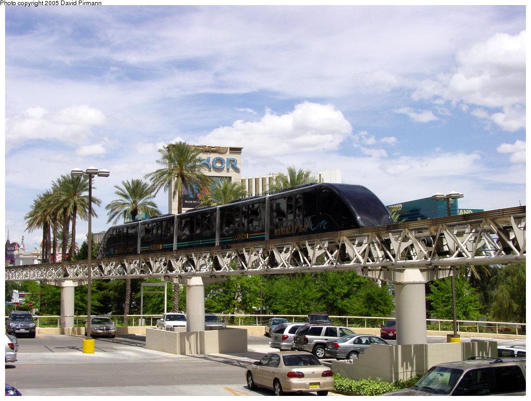 (227k, 1044x788)<br><b>Country:</b> United States<br><b>City:</b> Las Vegas, NV<br><b>System:</b> Mandalay Bay / Luxor / Excalibur Tram<br><b>Location:</b> Between Luxor & Excalibur<br><b>Photo by:</b> David Pirmann<br><b>Date:</b> 4/23/2005<br><b>Notes:</b> Express monorail.<br><b>Viewed (this week/total):</b> 0 / 2552