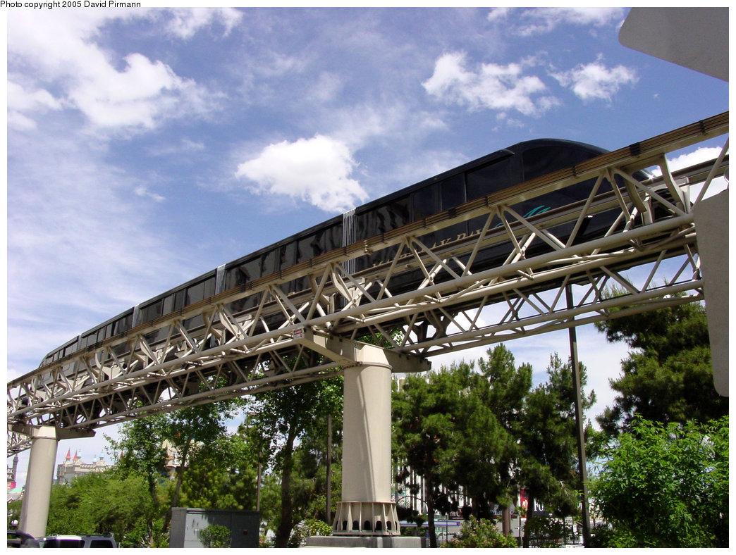(259k, 1044x788)<br><b>Country:</b> United States<br><b>City:</b> Las Vegas, NV<br><b>System:</b> Mandalay Bay / Luxor / Excalibur Tram<br><b>Location:</b> Between Luxor & Excalibur<br><b>Photo by:</b> David Pirmann<br><b>Date:</b> 4/23/2005<br><b>Notes:</b> Express monorail.<br><b>Viewed (this week/total):</b> 1 / 2401