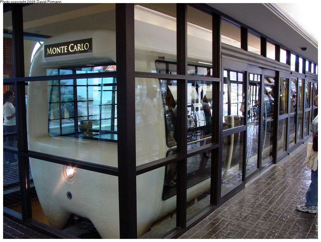 (269k, 1044x788)<br><b>Country:</b> United States<br><b>City:</b> Las Vegas, NV<br><b>System:</b> Monte Carlo / Bellagio Tram<br><b>Location:</b> Monte Carlo Station<br><b>Photo by:</b> David Pirmann<br><b>Date:</b> 4/23/2005<br><b>Viewed (this week/total):</b> 0 / 3643