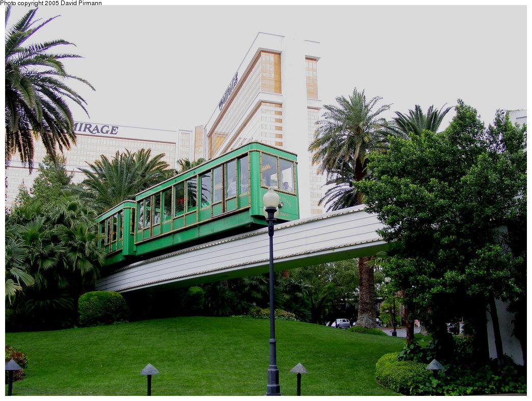 (259k, 1044x788)<br><b>Country:</b> United States<br><b>City:</b> Las Vegas, NV<br><b>System:</b> Mirage / Treasure Island Tram<br><b>Location:</b> Departing Mirage Station<br><b>Photo by:</b> David Pirmann<br><b>Date:</b> 4/23/2005<br><b>Viewed (this week/total):</b> 2 / 3458