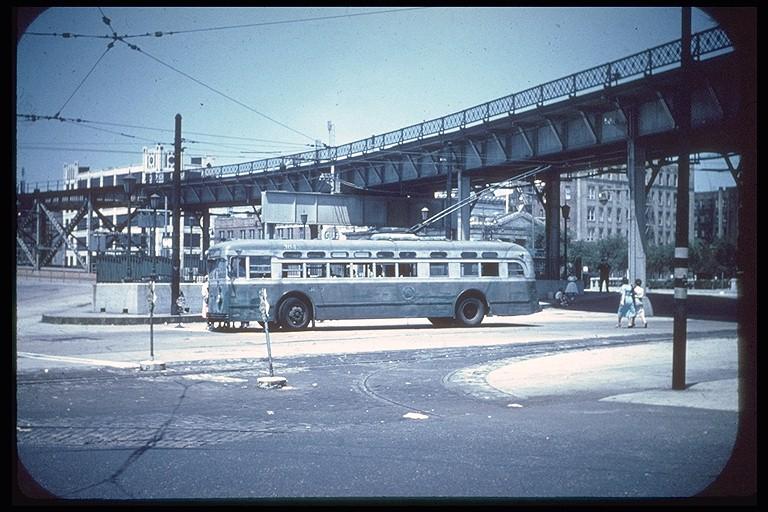 (133k, 768x512)<br><b>Country:</b> United States<br><b>City:</b> New York<br><b>System:</b> Brooklyn & Queens Transit<br><b>Location:</b> Williamsburg Bridge Plaza<br><b>Car:</b>  3043 <br><b>Collection of:</b> Joe Testagrose<br><b>Viewed (this week/total):</b> 2 / 2013