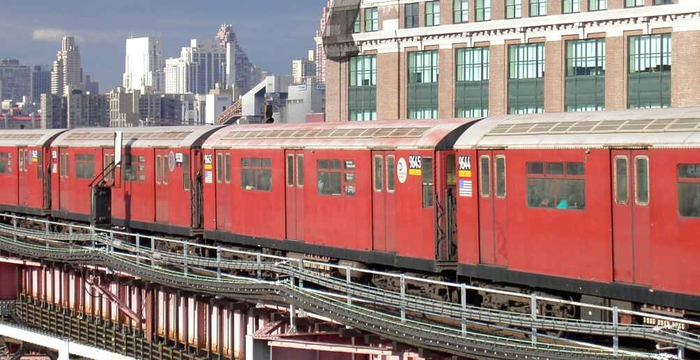 (133k, 1004x517)<br><b>Country:</b> United States<br><b>City:</b> New York<br><b>System:</b> New York City Transit<br><b>Line:</b> IRT Flushing Line<br><b>Location:</b> Queensborough Plaza <br><b>Route:</b> 7<br><b>Car:</b> R-36 World's Fair (St. Louis, 1963-64) 9645 <br><b>Photo by:</b> Brian Weinberg<br><b>Date:</b> 1/9/2003<br><b>Viewed (this week/total):</b> 1 / 3656