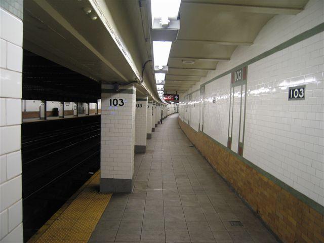 (44k, 640x480)<br><b>Country:</b> United States<br><b>City:</b> New York<br><b>System:</b> New York City Transit<br><b>Line:</b> IRT West Side Line<br><b>Location:</b> 103rd Street <br><b>Photo by:</b> David Blair<br><b>Date:</b> 3/7/2007<br><b>Viewed (this week/total):</b> 0 / 910
