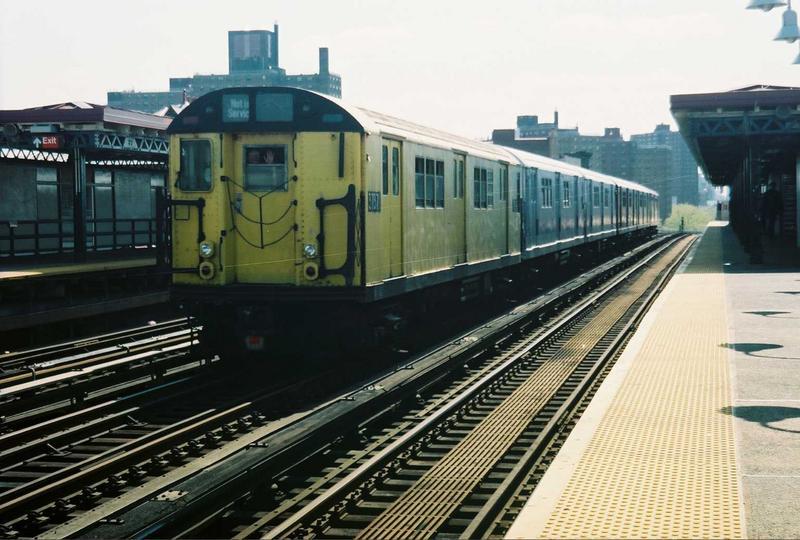 (76k, 800x540)<br><b>Country:</b> United States<br><b>City:</b> New York<br><b>System:</b> New York City Transit<br><b>Line:</b> IRT White Plains Road Line<br><b>Location:</b> Prospect Avenue <br><b>Route:</b> Fan Trip<br><b>Car:</b> R-22 (St. Louis, 1957-58) 37371 <br><b>Photo by:</b> Gary Chatterton<br><b>Date:</b> 5/1/2005<br><b>Notes:</b> Work Motor 37371 on fantrip.<br><b>Viewed (this week/total):</b> 0 / 3272