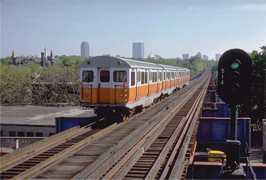 (211k, 1024x695)<br><b>Country:</b> United States<br><b>City:</b> Boston, MA<br><b>System:</b> MBTA<br><b>Line:</b> MBTA Orange Line - Former Elevated<br><b>Location:</b> Egleston (Main Line El)<br><b>Car:</b> MBTA 01100 Series (Pullman-Standard, 1957) 01186 <br><b>Photo by:</b> Steve Zabel<br><b>Collection of:</b> Joe Testagrose<br><b>Date:</b> 5/22/1979<br><b>Viewed (this week/total):</b> 1 / 4926