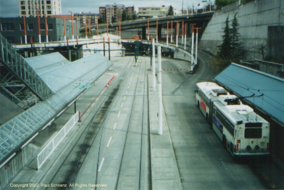 (94k, 584x391)<br><b>Country:</b> United States<br><b>City:</b> Seattle, WA<br><b>System:</b> Metro Transit/King County DOT<br><b>Line:</b> Seattle Metro Tunnel<br><b>Location:</b> Convention Place<br><b>Photo by:</b> Paul Schlienz<br><b>Date:</b> 3/17/2001<br><b>Notes:</b> Breda Dual Mode Articulated 5173 @ Convention Place.<br><b>Viewed (this week/total):</b> 3 / 4647