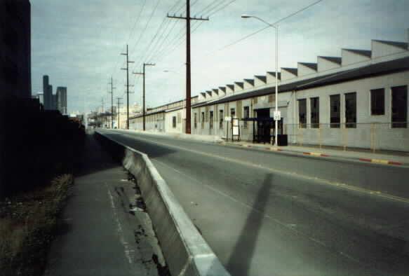 (18k, 583x394)<br><b>Country:</b> United States<br><b>City:</b> Seattle, WA<br><b>System:</b> Metro Transit/King County DOT<br><b>Line:</b> Seattle Metro Tunnel<br><b>Location:</b> South Lander Street<br><b>Photo by:</b> Paul Schlienz<br><b>Date:</b> 3/5/2001<br><b>Viewed (this week/total):</b> 0 / 1893