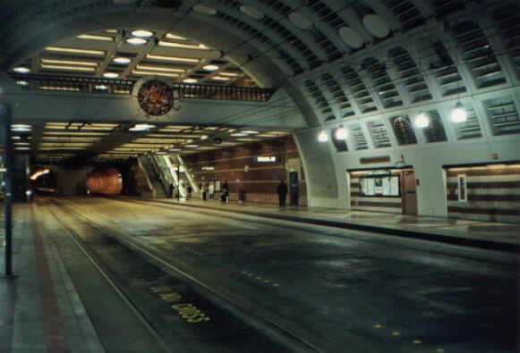 (23k, 581x395)<br><b>Country:</b> United States<br><b>City:</b> Seattle, WA<br><b>System:</b> Metro Transit/King County DOT<br><b>Line:</b> Seattle Metro Tunnel<br><b>Location:</b> Pioneer Square <br><b>Photo by:</b> Paul Schlienz<br><b>Date:</b> 3/5/2001<br><b>Viewed (this week/total):</b> 1 / 2342