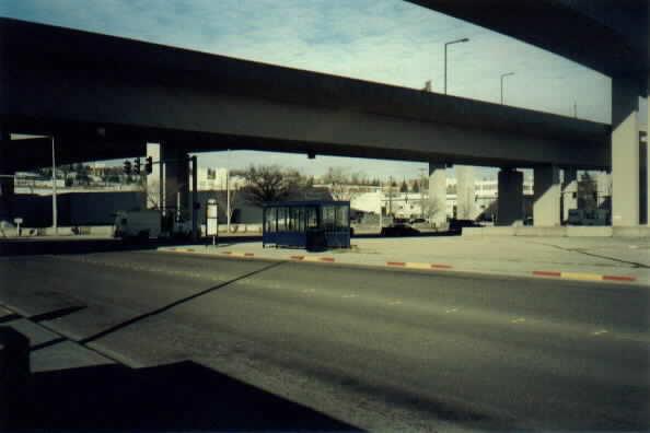 (18k, 594x396)<br><b>Country:</b> United States<br><b>City:</b> Seattle, WA<br><b>System:</b> Metro Transit/King County DOT<br><b>Line:</b> Seattle Metro Tunnel<br><b>Location:</b> Royal Brougham Way<br><b>Photo by:</b> Paul Schlienz<br><b>Date:</b> 3/5/2001<br><b>Viewed (this week/total):</b> 0 / 2074