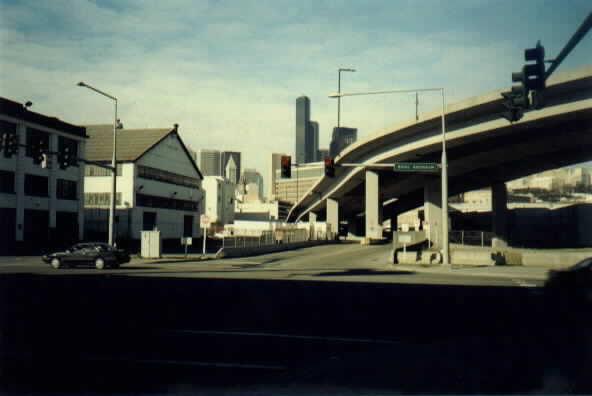(19k, 592x396)<br><b>Country:</b> United States<br><b>City:</b> Seattle, WA<br><b>System:</b> Metro Transit/King County DOT<br><b>Line:</b> Seattle Metro Tunnel<br><b>Location:</b> Royal Brougham Way<br><b>Photo by:</b> Paul Schlienz<br><b>Date:</b> 3/5/2001<br><b>Viewed (this week/total):</b> 0 / 2075