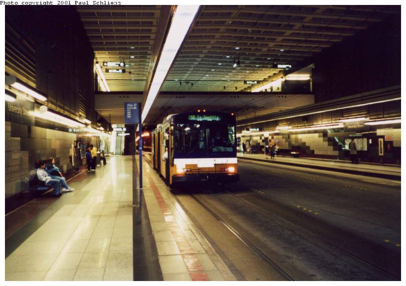 (68k, 820x578)<br><b>Country:</b> United States<br><b>City:</b> Seattle, WA<br><b>System:</b> Metro Transit/King County DOT<br><b>Line:</b> Seattle Metro Tunnel<br><b>Location:</b> University St<br><b>Photo by:</b> Paul Schlienz<br><b>Date:</b> 3/17/2001<br><b>Viewed (this week/total):</b> 0 / 3721