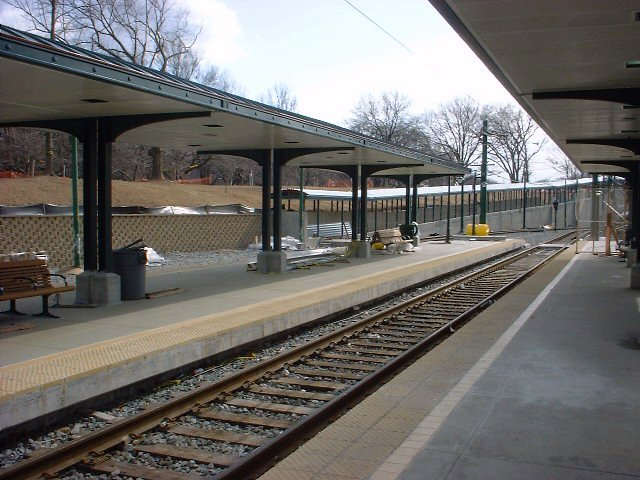 (79k, 640x480)<br><b>Country:</b> United States<br><b>City:</b> Newark, NJ<br><b>System:</b> Newark City Subway<br><b>Line:</b> 7-City Subway<br><b>Location:</b> Branch Brook Park <br><b>Photo by:</b> Peggy Darlington<br><b>Date:</b> 2001<br><b>Viewed (this week/total):</b> 0 / 2383