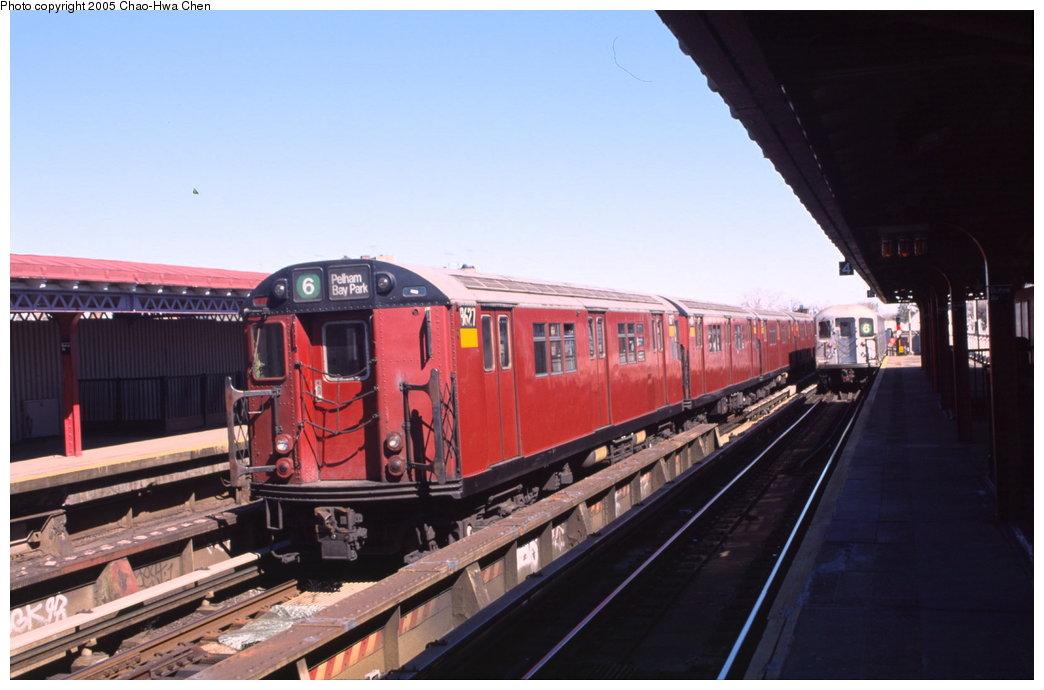 (127k, 1044x690)<br><b>Country:</b> United States<br><b>City:</b> New York<br><b>System:</b> New York City Transit<br><b>Line:</b> IRT Pelham Line<br><b>Location:</b> Buhre Avenue <br><b>Route:</b> 6<br><b>Car:</b> R-29 (St. Louis, 1962) 8627 <br><b>Photo by:</b> Chao-Hwa Chen<br><b>Date:</b> 3/6/2000<br><b>Viewed (this week/total):</b> 6 / 4019