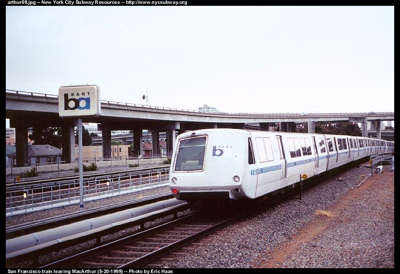 (109k, 824x565)<br><b>Country:</b> United States<br><b>City:</b> San Francisco/Bay Area, CA<br><b>System:</b> BART<br><b>Location:</b> MacArthur <br><b>Car:</b> BART 161 <br><b>Photo by:</b> Eric Haas<br><b>Date:</b> 5/20/1999<br><b>Notes:</b> Southbound view<br><b>Viewed (this week/total):</b> 0 / 2204