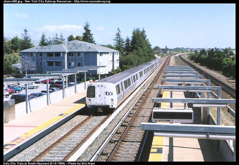 (107k, 824x569)<br><b>Country:</b> United States<br><b>City:</b> San Francisco/Bay Area, CA<br><b>System:</b> BART<br><b>Location:</b> South Hayward <br><b>Photo by:</b> Eric Haas<br><b>Date:</b> 5/14/1999<br><b>Viewed (this week/total):</b> 1 / 2313