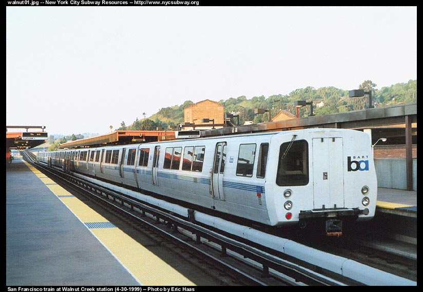 (91k, 824x569)<br><b>Country:</b> United States<br><b>City:</b> San Francisco/Bay Area, CA<br><b>System:</b> BART<br><b>Location:</b> Walnut Creek<br><b>Photo by:</b> Eric Haas<br><b>Date:</b> 4/30/1999<br><b>Viewed (this week/total):</b> 0 / 2117
