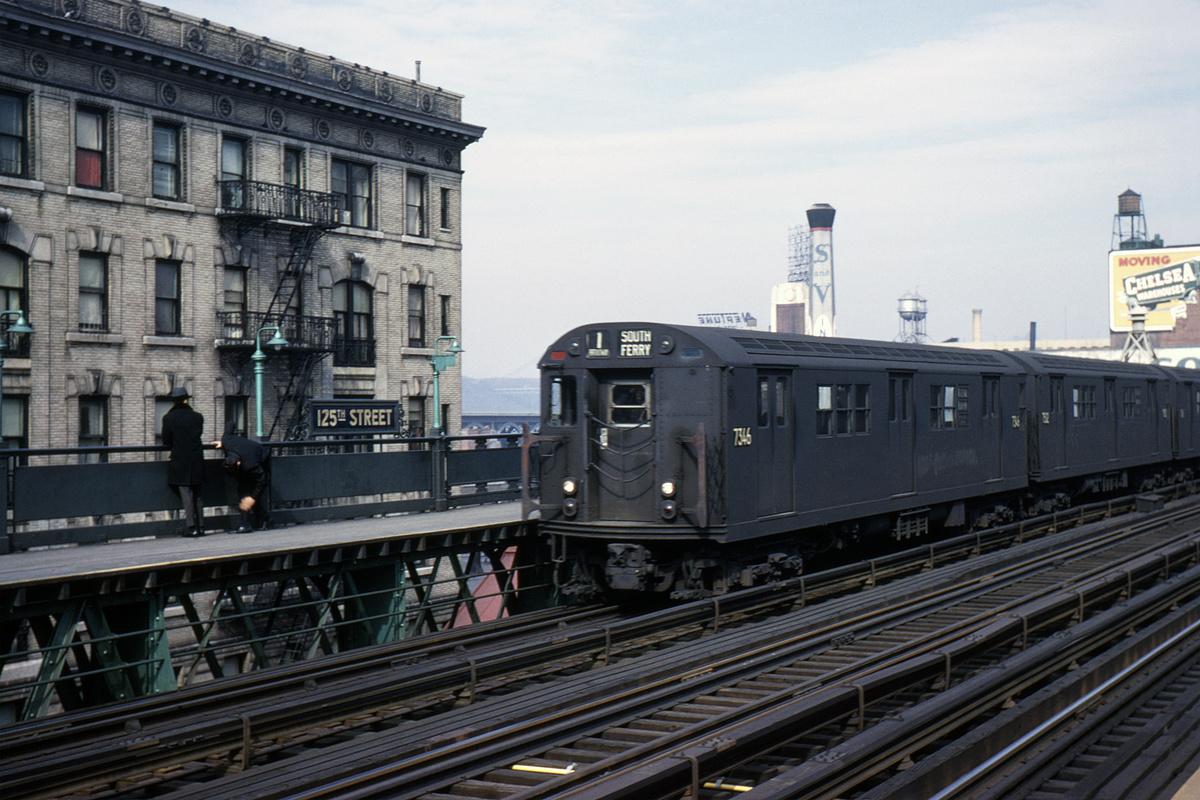 (409k, 1044x706)<br><b>Country:</b> United States<br><b>City:</b> New York<br><b>System:</b> New York City Transit<br><b>Line:</b> IRT West Side Line<br><b>Location:</b> 125th Street <br><b>Route:</b> 1<br><b>Car:</b> R-22 (St. Louis, 1957-58) 7346 <br><b>Collection of:</b> David Pirmann<br><b>Date:</b> 2/17/1963<br><b>Viewed (this week/total):</b> 0 / 3223