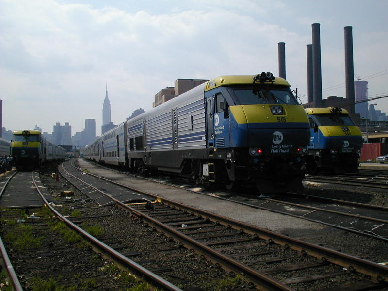 (81k, 800x600)<br><b>Country:</b> United States<br><b>City:</b> New York<br><b>System:</b> Long Island Rail Road<br><b>Line:</b> LIRR Long Island City<br><b>Location:</b> Long Island City <br><b>Car:</b> LIRR GM DM30AC (Dual Mode)  515 <br><b>Photo by:</b> Todd Glickman<br><b>Date:</b> 7/21/2000<br><b>Viewed (this week/total):</b> 0 / 3448