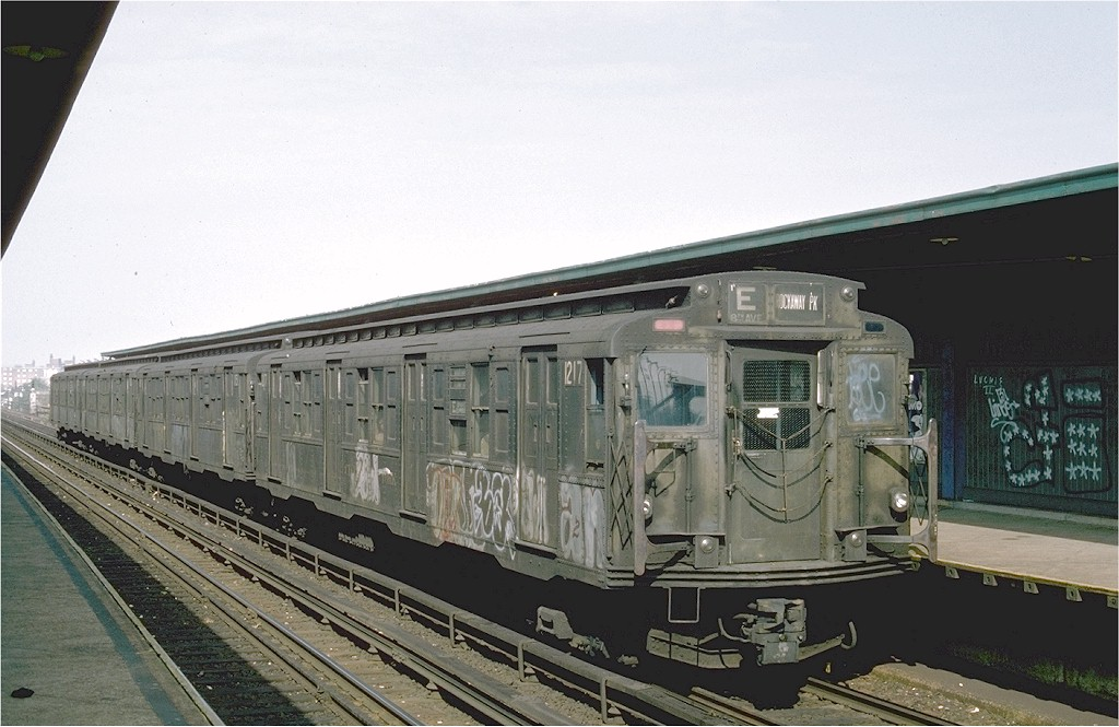 (180k, 1024x665)<br><b>Country:</b> United States<br><b>City:</b> New York<br><b>System:</b> New York City Transit<br><b>Line:</b> IND Rockaway<br><b>Location:</b> Beach 98th Street/Playland <br><b>Route:</b> E<br><b>Car:</b> R-6-2 (Pullman, 1936)  1217 <br><b>Photo by:</b> Ed McKernan<br><b>Collection of:</b> Joe Testagrose<br><b>Date:</b> 5/31/1976<br><b>Viewed (this week/total):</b> 11 / 5454