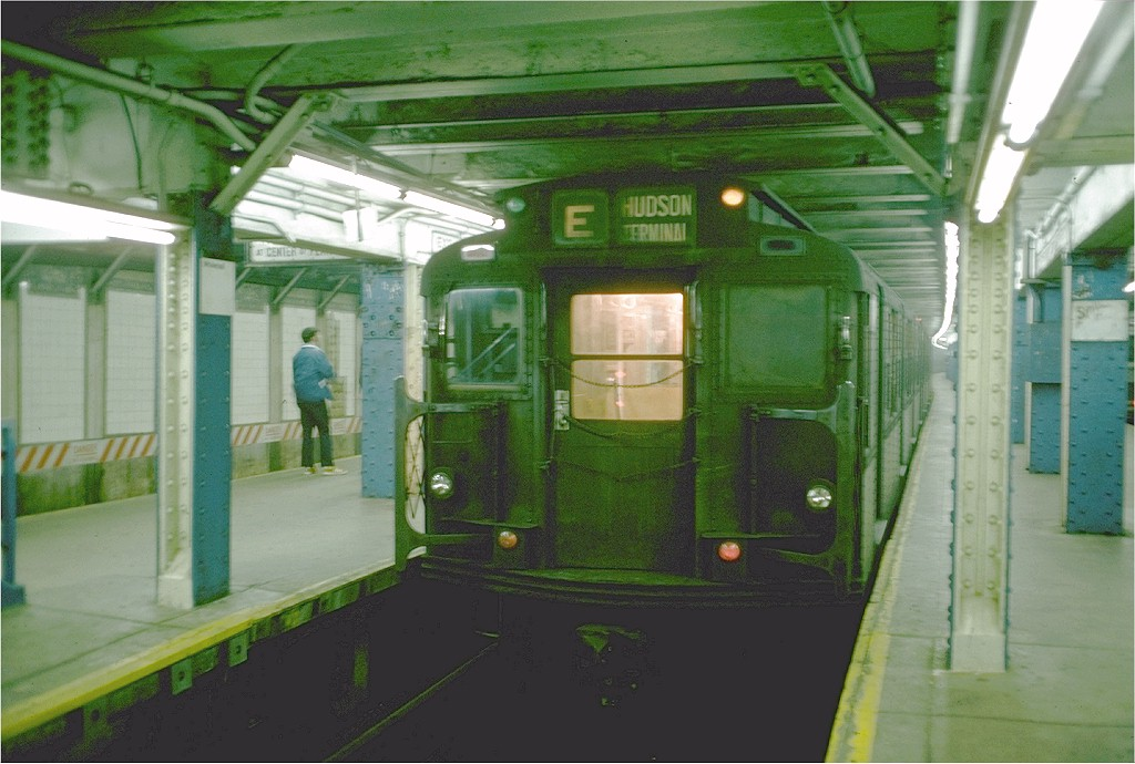 (179k, 1024x690)<br><b>Country:</b> United States<br><b>City:</b> New York<br><b>System:</b> New York City Transit<br><b>Line:</b> BMT Broadway Line<br><b>Location:</b> Whitehall Street <br><b>Route:</b> E<br><b>Car:</b> R-6-2 (Pullman, 1936)  1279 <br><b>Photo by:</b> Doug Grotjahn<br><b>Collection of:</b> Joe Testagrose<br><b>Date:</b> 8/9/1975<br><b>Viewed (this week/total):</b> 3 / 5560